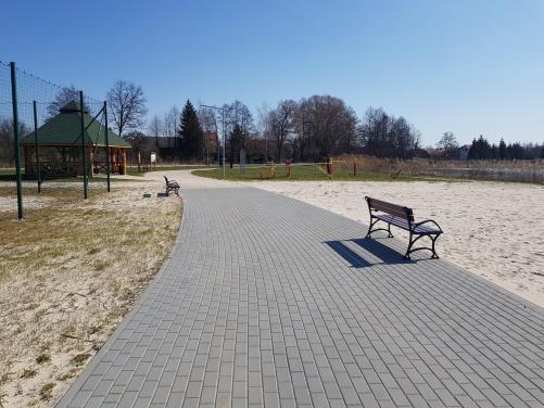 Plaza-4